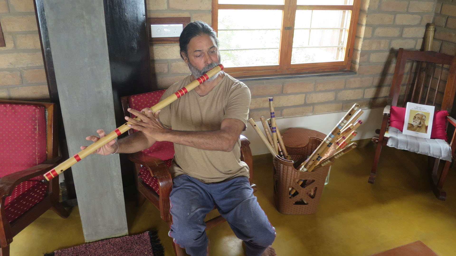 Anubodh bansuri maker